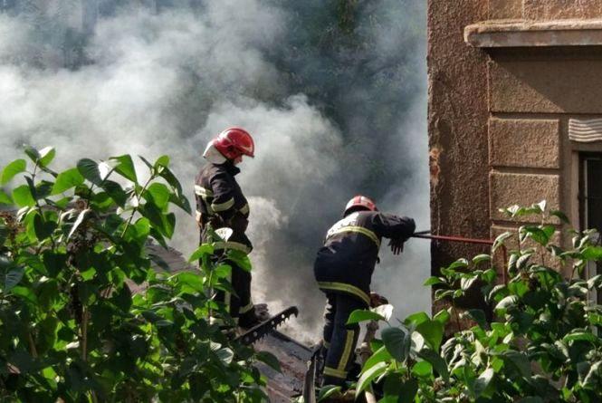 У центрі пожежа: горіла «домівка» безхатченків