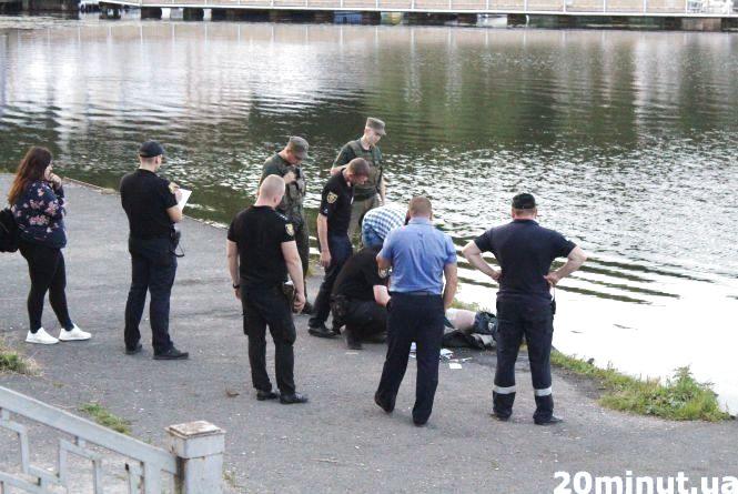 Чоловік, тіло якого знайшли у Тернопільському ставі, був з Підволочиського району. Йому було 35 (оновлене)