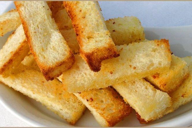 Найдешевші сорти хліба дорожчають швидше, ніж дорогі: експерт