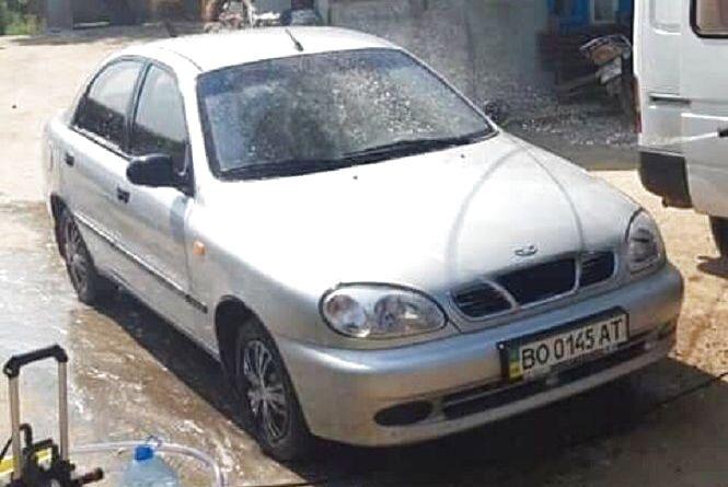 Вночі на Протасевича викрали авто. Власник просить допомоги у розшуку
