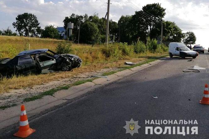 За минулу добу на дорогах області сталося дві ДТП з потерпілими
