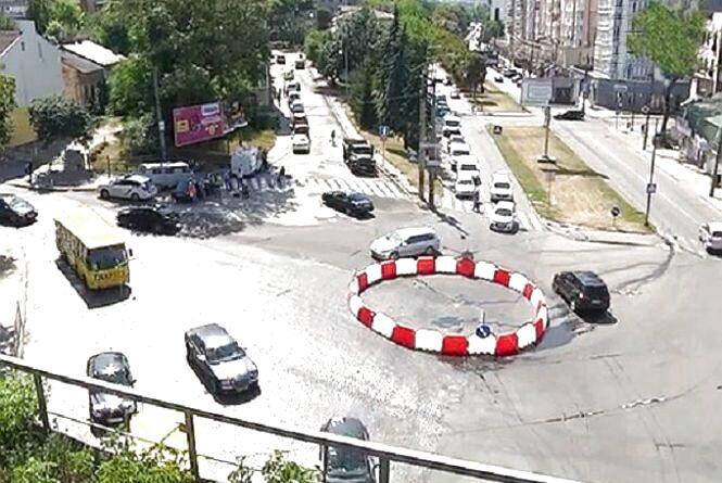 Кільце біля двоаркового мосту у Тернополі коштує 37 тис. гривень