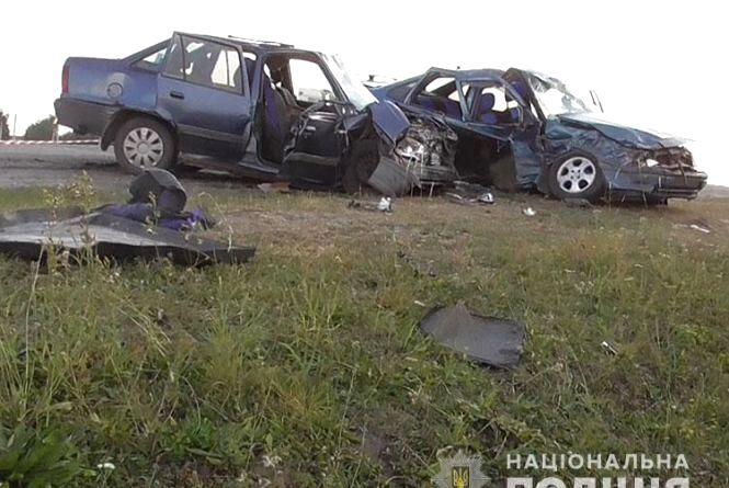 Смертельна аварія у Бучацькому районі: тіло одного з загиблих розблоковували рятувальники (оновлене)