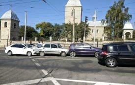 Чотири автомобілі зіткнулися біля Надставної церкви