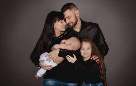 «Наші діти заслужили мати маму»: тернополянин просить допомогти онкохворій дружині