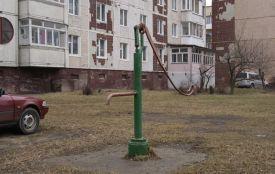 Де можна буде набрати води, коли в Тернополі промиватимуть водогін (перелік колонок-качалок)