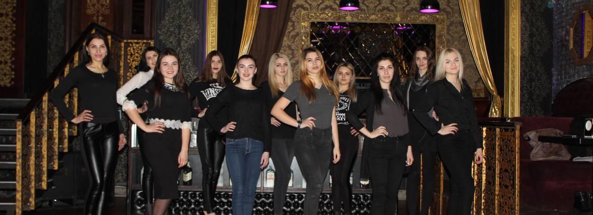 """Як фіналістки """"Міс RIA 2016"""" готуються до конкурсу"""