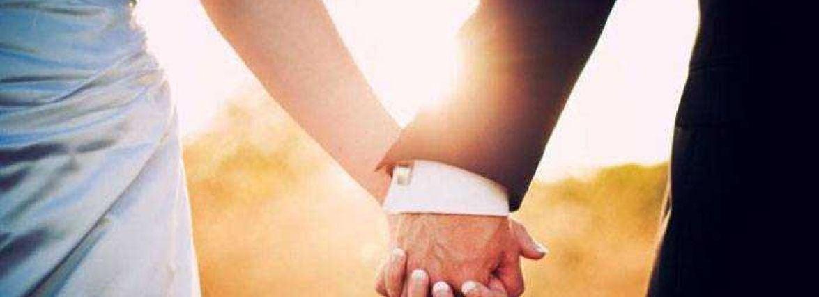 Річниці весілля: що дарують від 1 до 100 років подружнього життя