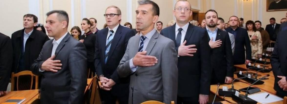 Хто з депутатів працював, а хто мандат протирав