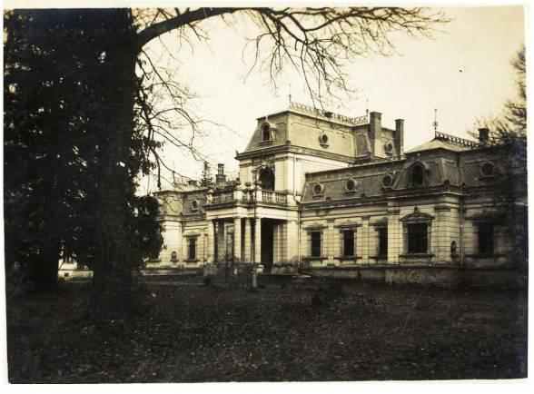 Палац графа Баворовського в селі Сороцьке.