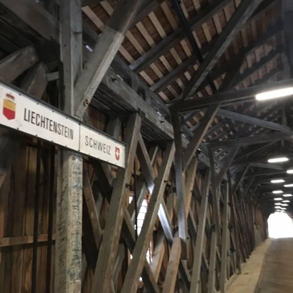 Кордон між Ліхтенштейном і Швейцарією