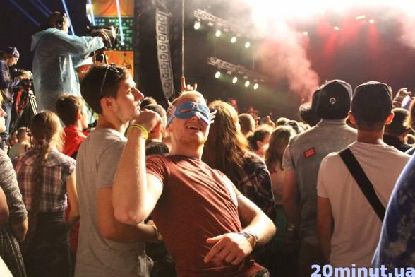 Гості фестивалю залишаються в образах і під час концертів.